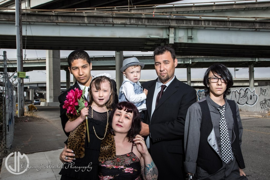 gritty urban elegance family portrait near MacArthur maze